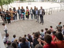 Imatge de la notícia L'Escola de Magraners inaugura la remodelació del pati escolar