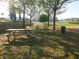 La Paeria instal·la una nova zona de jocs infantils al parc Joan Oró