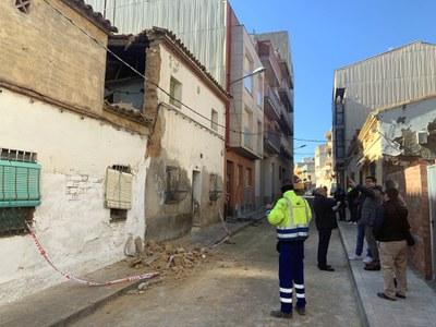 La Paeria enderroca subsidiàriament l'edifici del carrer Oliver del Secà que ha patit avui un esfondrament