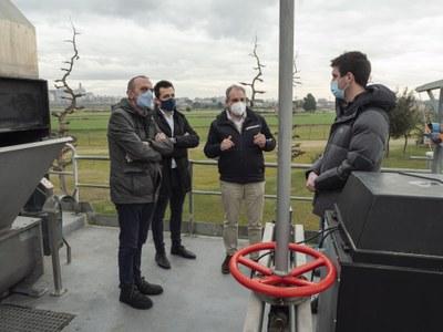 La Paeria i l'Agència Catalana de l'Aigua impulsen la instal·lació de 285 panells solars a les teulades de la depuradora de Lleida
