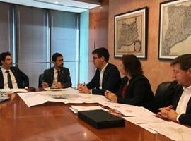 Primera trobada entre Toni Postius i Damià Calvet per impulsar la col·laboració entre la Paeria i la Generalitat