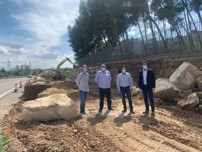 Visita a les obres de remodelació de l'accés a l'Escola Alba, que milloren la seguretat viària en aquest tram