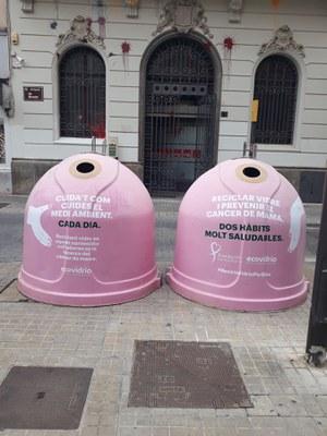 """Lleida dona suport a la campanya solidària """"Recicla vidre per elles"""" amb motiu del Dia Mundial del Càncer de Mama"""