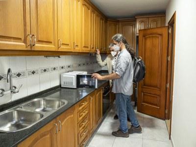 S'inicia l'allotjament en habitatges per a temporers