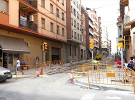 Canvi de sentit de circulació en el carrer Comtes d'Urgell