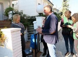 Visites domiciliàries als 1.200 habitatges de Ciutat Jardí i Vila Montcada per explicar el nou sistema de recollida domiciliària de residus porta a porta